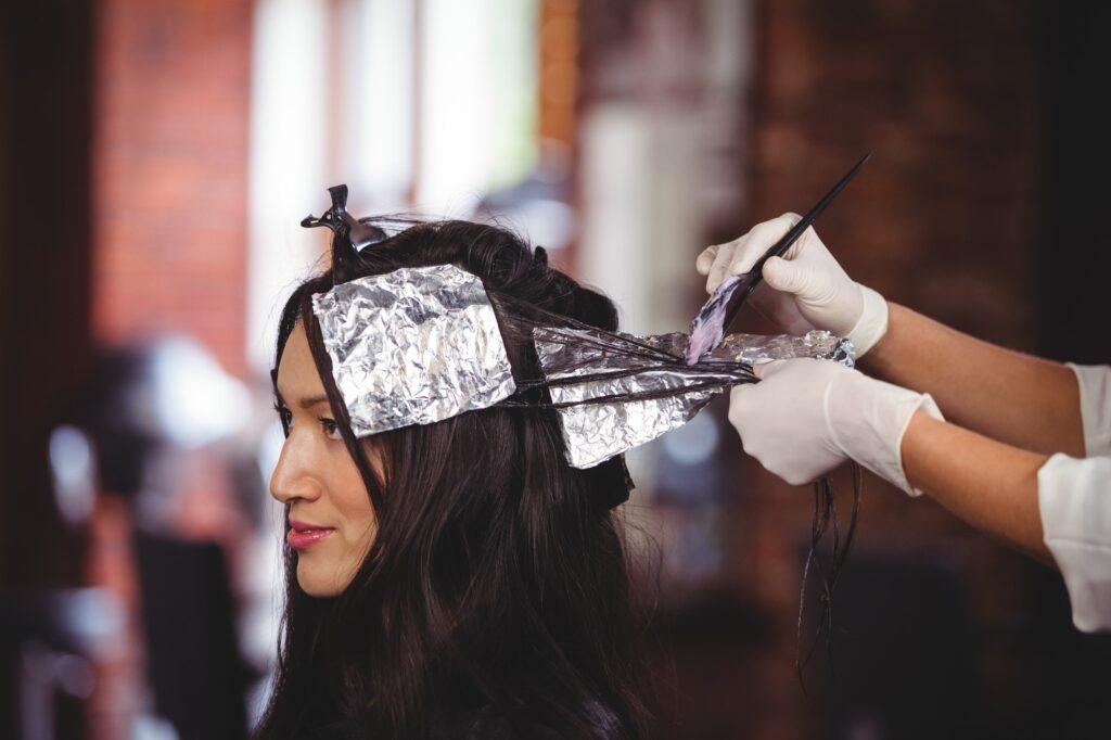 Krebs durch Haare färben